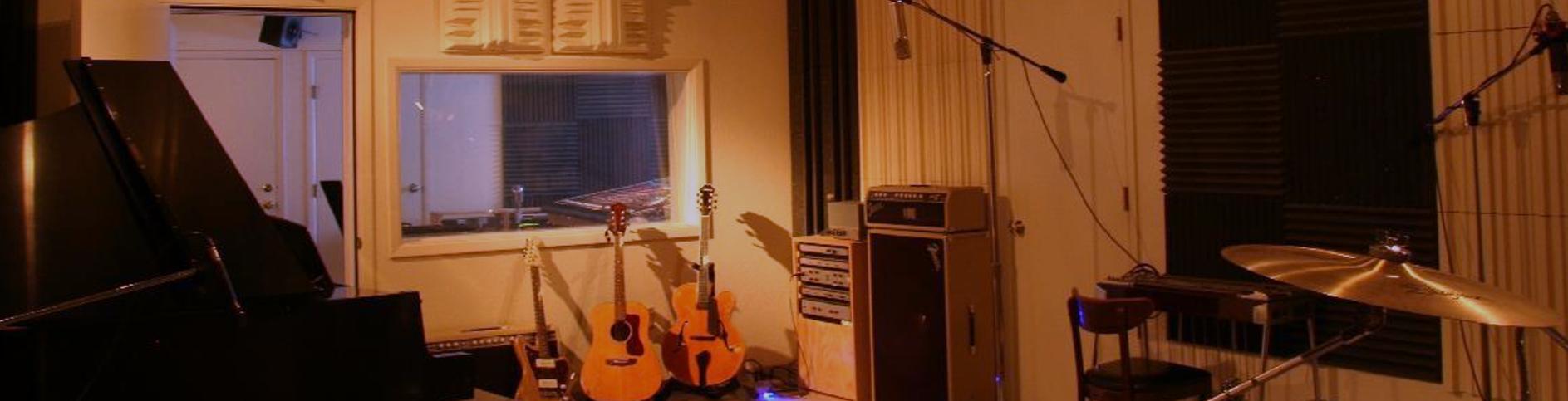 studioSlide